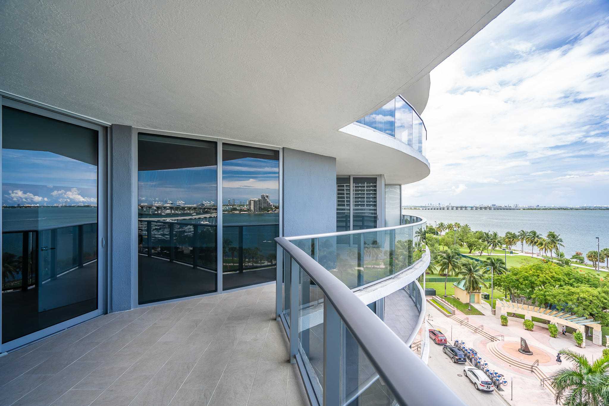 ARIA ON THE BAY REAL ESTATE