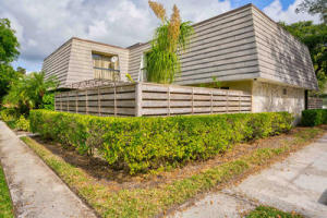 403  4th Terrace  For Sale 10538729, FL