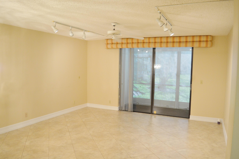 5100 Las Verdes Circle 117  Delray Beach, FL 33484