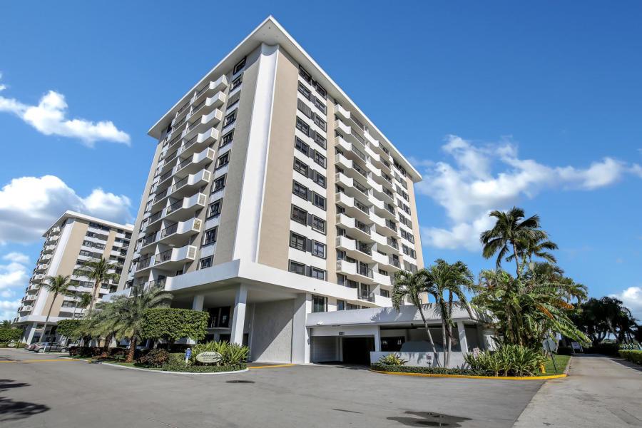 1200 Marine Way Ph1, North Palm Beach, Florida 33408, 2 Bedrooms Bedrooms, ,2 BathroomsBathrooms,F,Condominium,Marine,RX-10542208