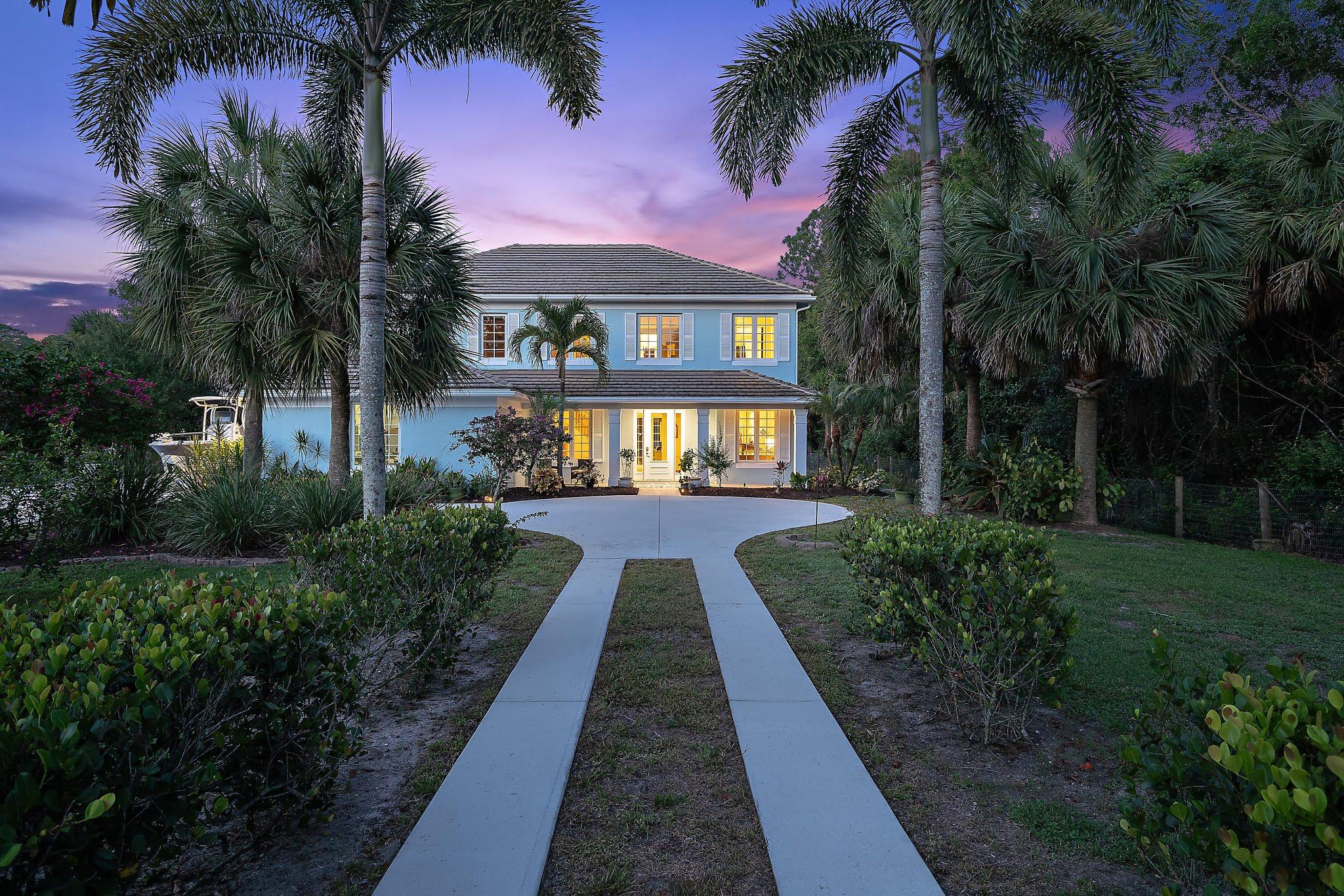 Photo of 16180 Jupiter Farms Road, Jupiter, FL 33478