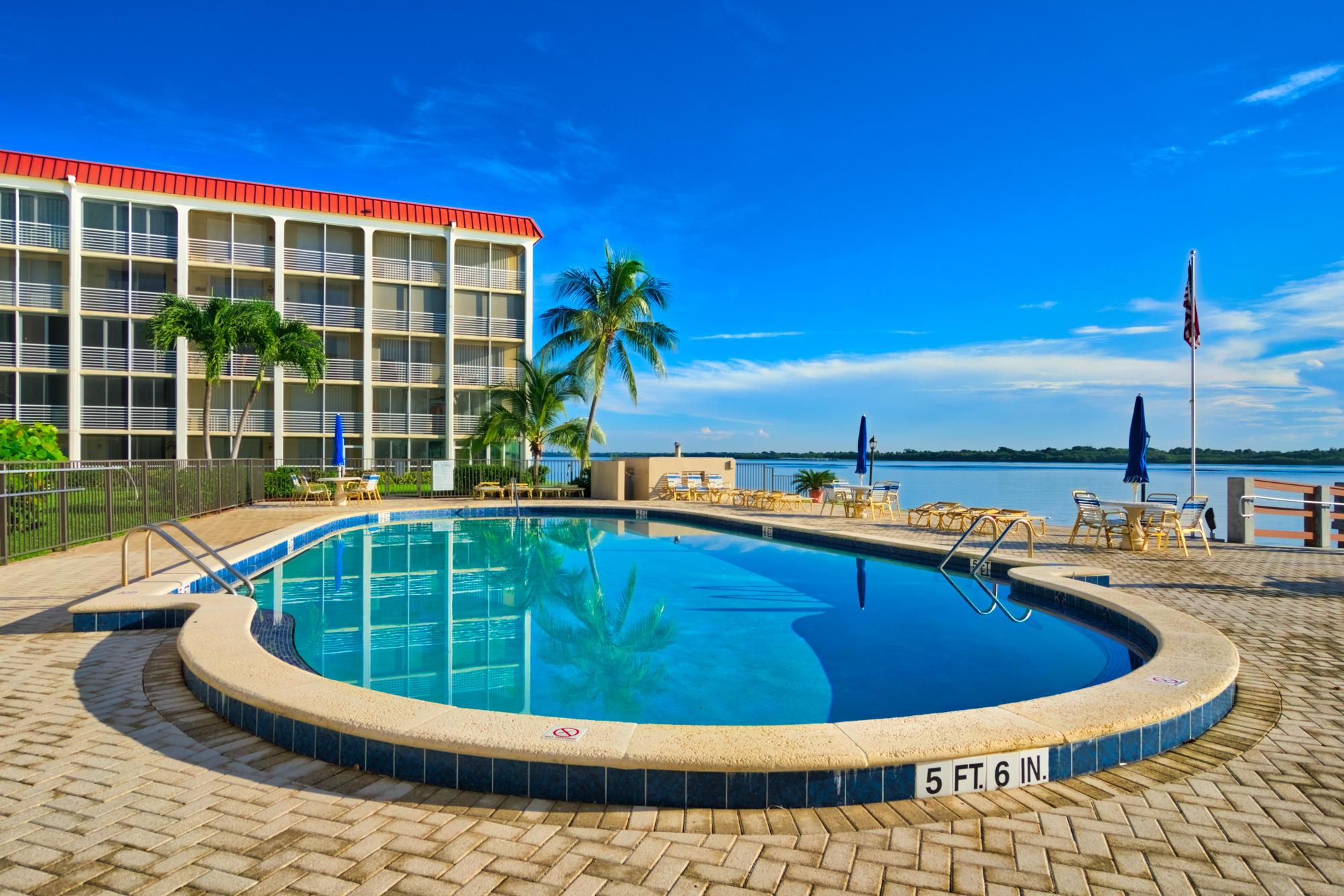 100 Paradise Harbour Boulevard 210, North Palm Beach, Florida 33408, 1 Bedroom Bedrooms, ,1 BathroomBathrooms,A,Condominium,Paradise Harbour,RX-10542474