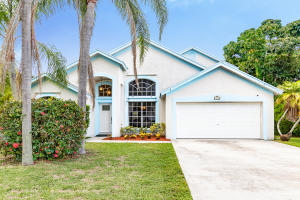 108  Knights Court  For Sale 10542644, FL