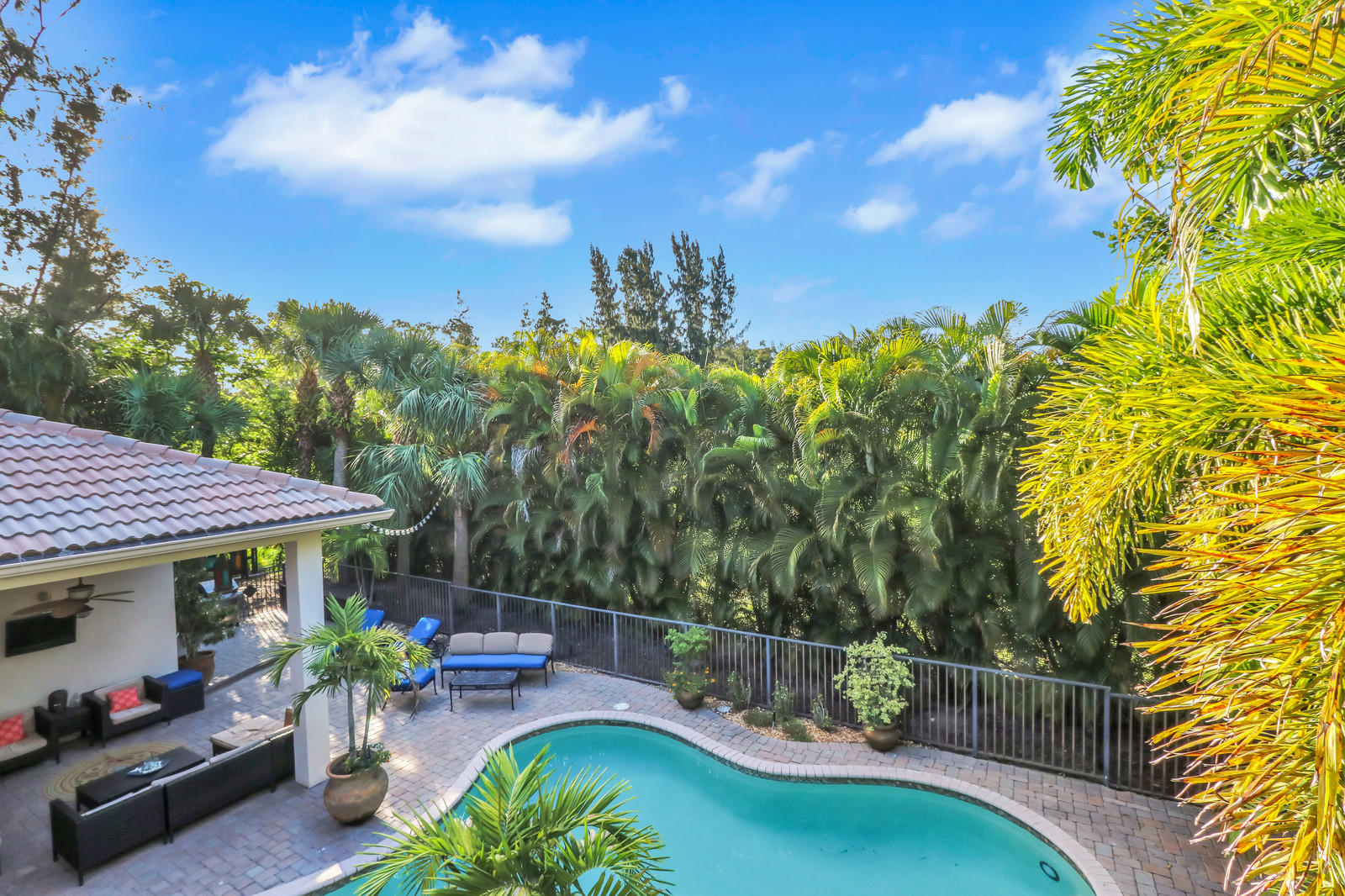 WELLINGTON VIEW HOMES FOR SALE