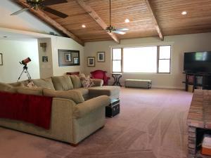 13257  Mallard Creek Drive  For Sale 10542636, FL