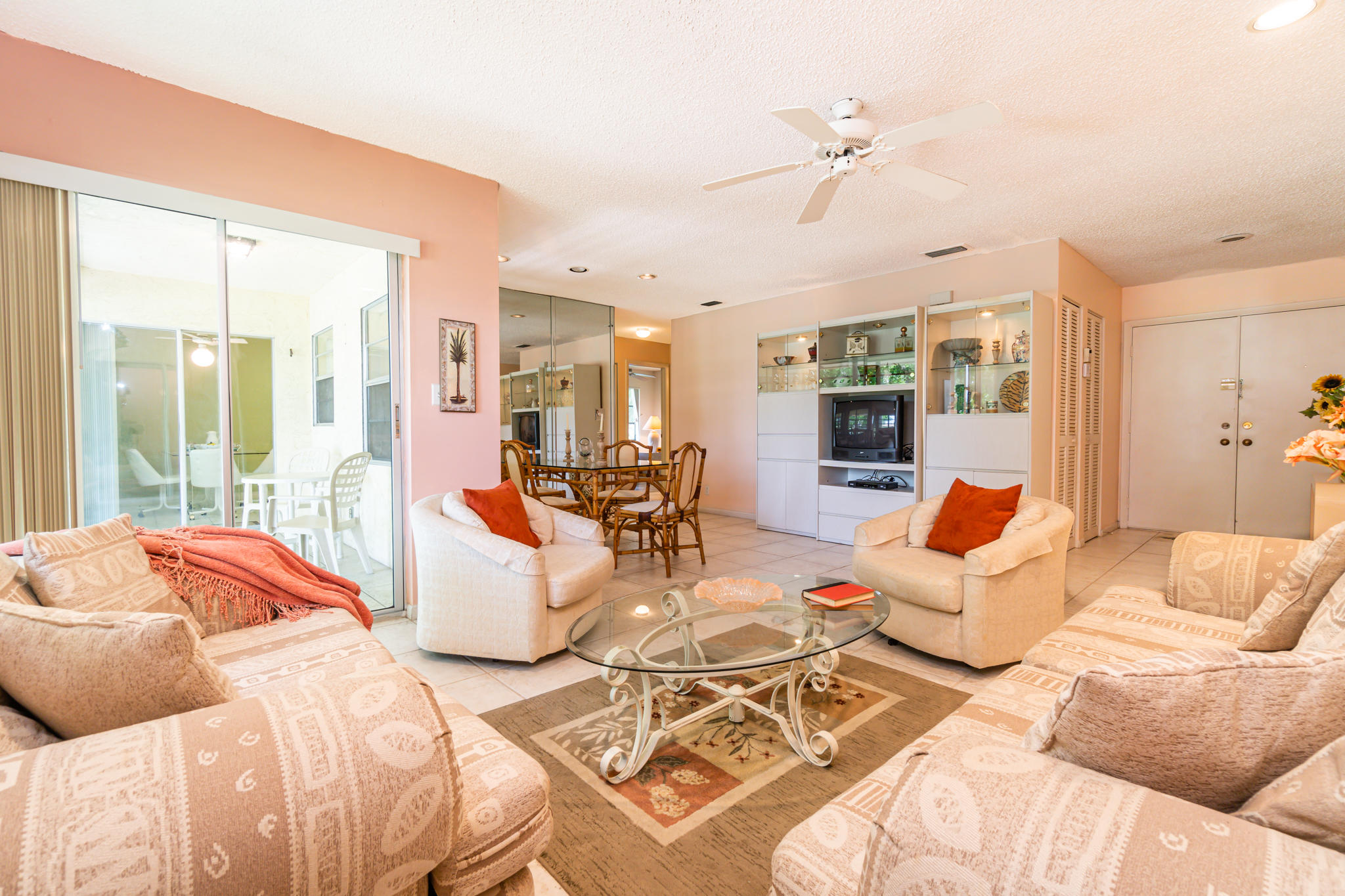 5675 Spindle Palm Court B  Delray Beach, FL 33484