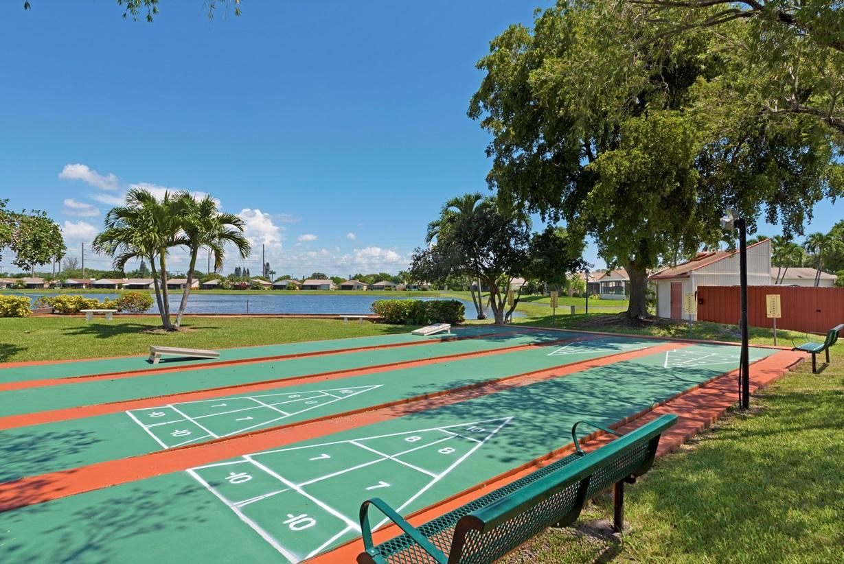 MIRROR LAKES BOYNTON BEACH FLORIDA