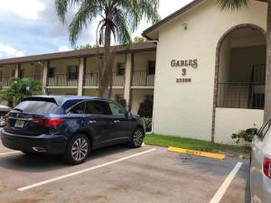 Gables East Of Boca Barwood