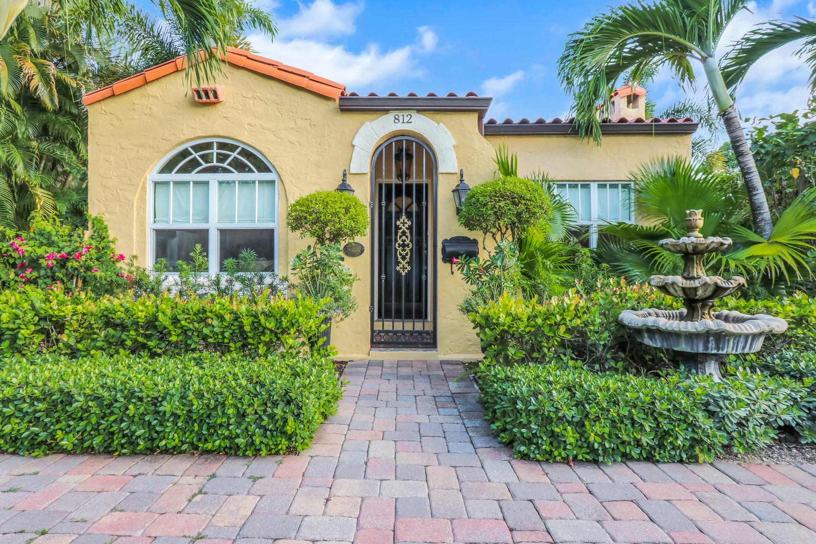 812 Park Place West Palm Beach, FL 33401 photo 3