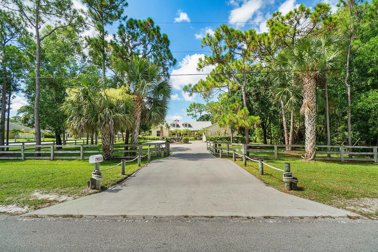 11546 Sunset Boulevard West Palm Beach, FL 33411 photo 2