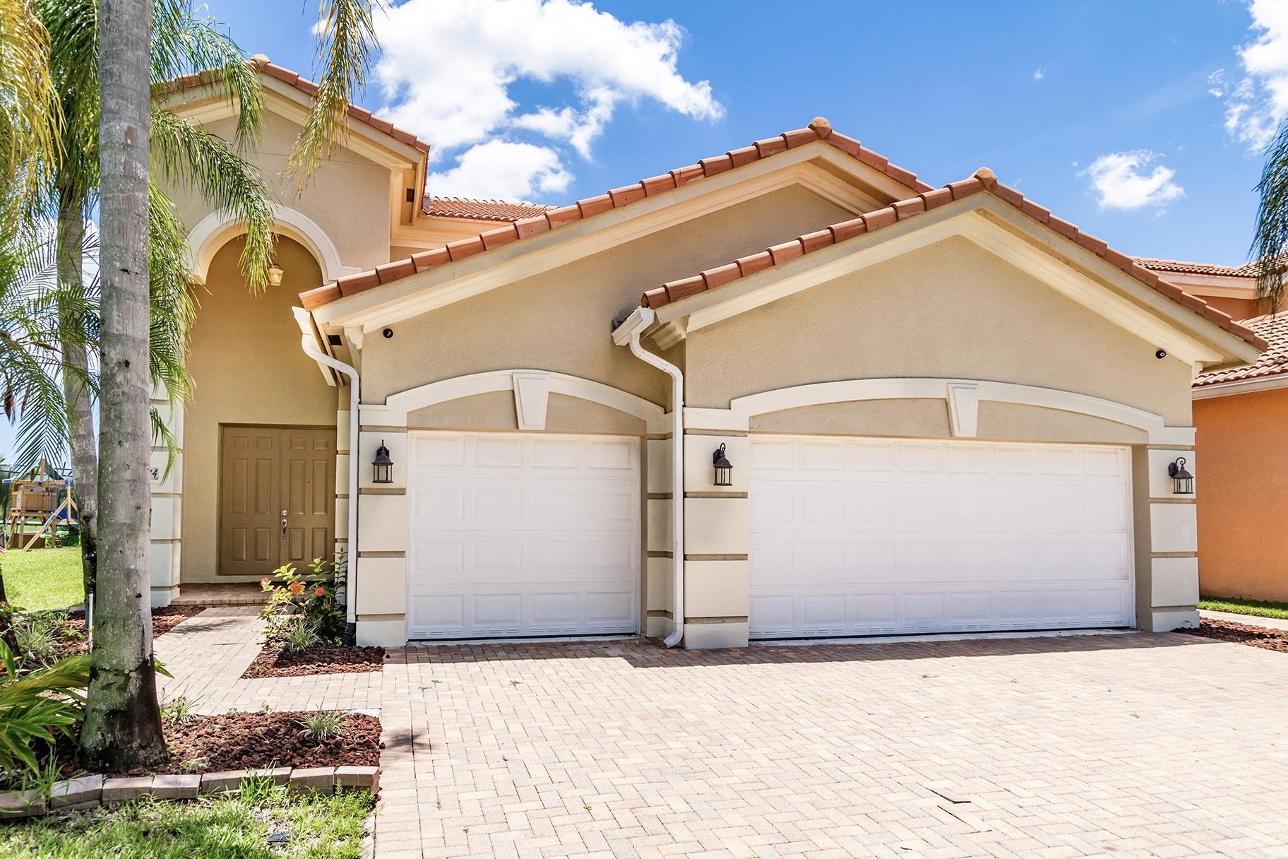 6874 Aliso Avenue West Palm Beach, FL 33413