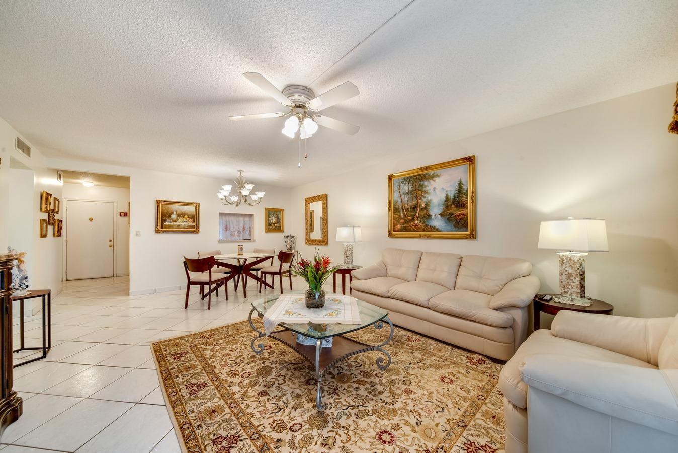 501 NE 14th Avenue 202 Hallandale Beach, FL 33009 photo 2