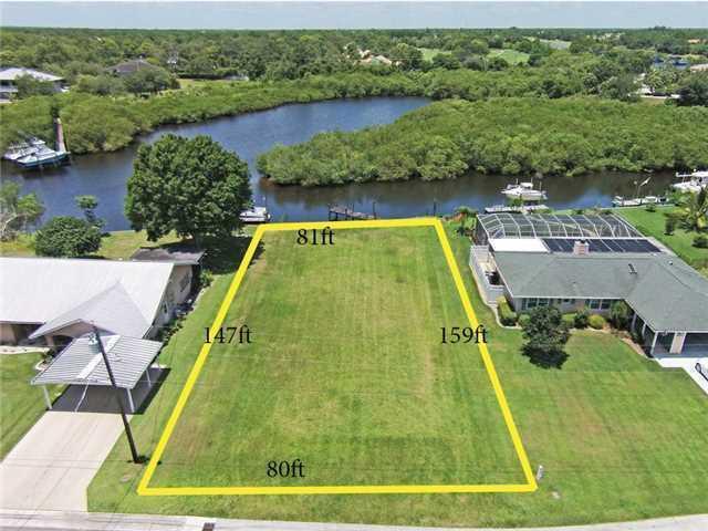 Photo of 532 SW Pine Tree Lane, Palm City, FL 34990