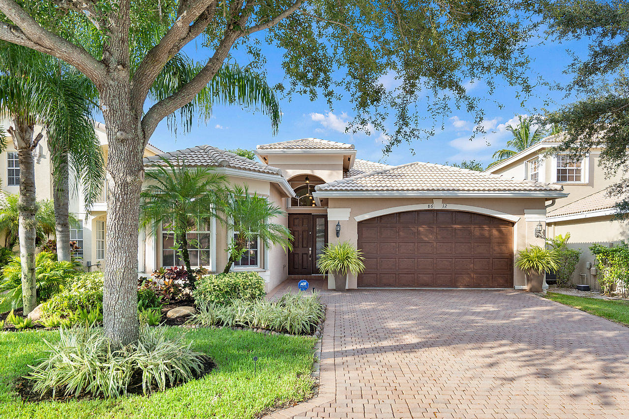 8612 Breezy Oak Way Boynton Beach, FL 33473
