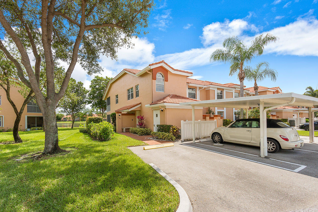 9721 Shadybrook Drive 201  Boynton Beach FL 33437