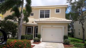 Villas At Verona Lakes