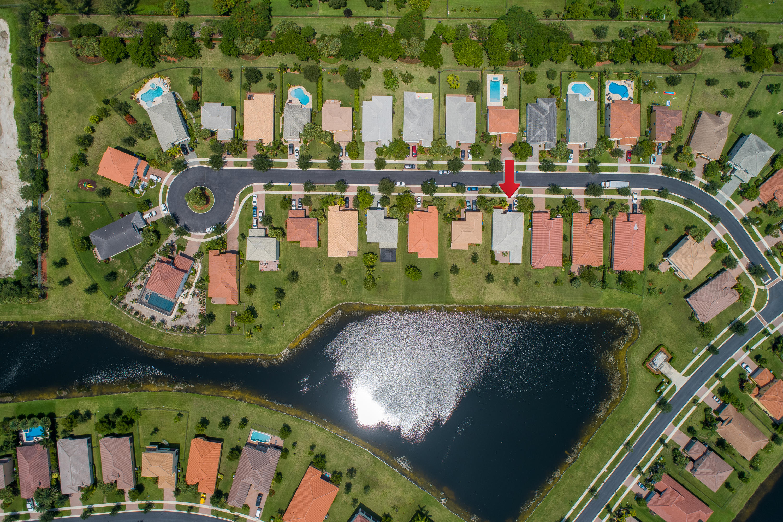 2220 Arterra Court Royal Palm Beach, FL 33411