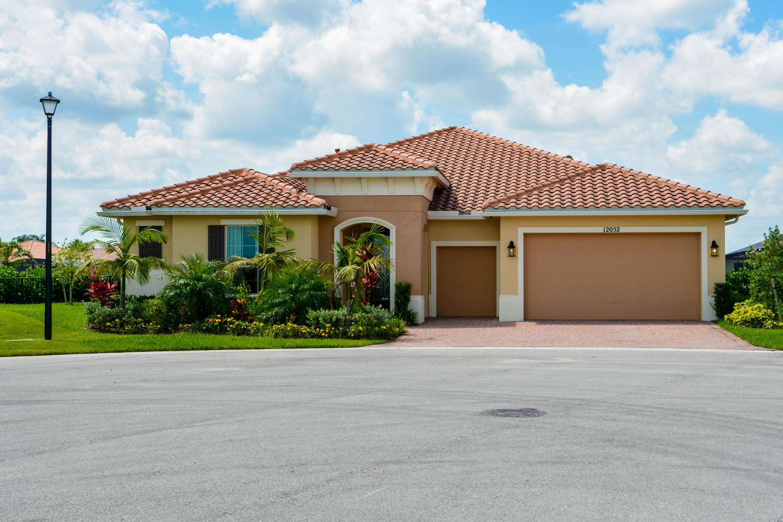 12052 SW Ligustrum Drive, Port Saint Lucie, Florida
