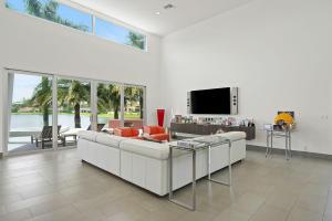20937 Pacifico Terrace Boca Raton FL 33433 - photo 7