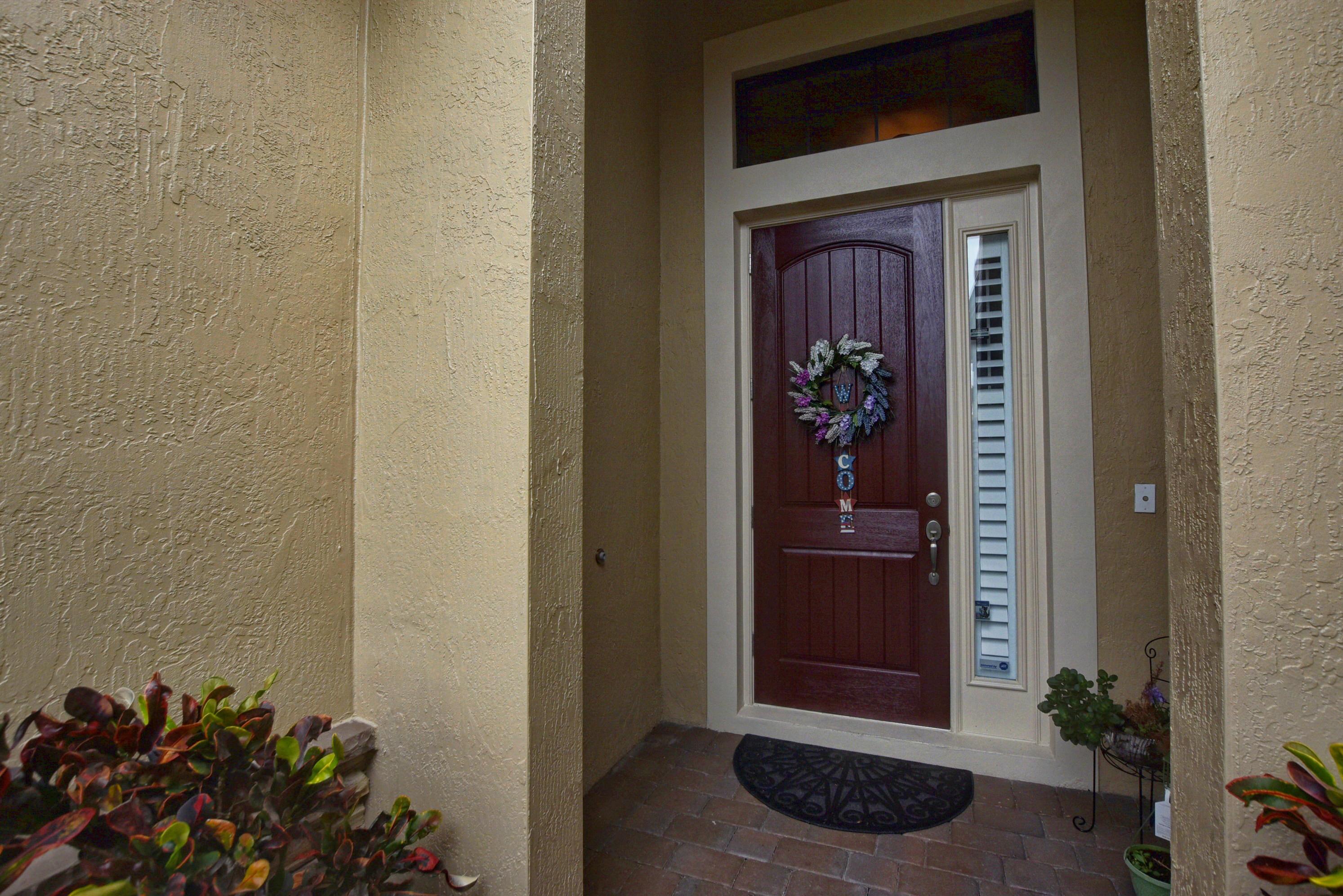 10469 Prato Street Wellington, FL 33414 photo 3