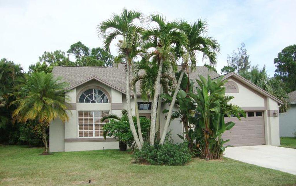 3783 Woods Walk Boulevard Lake Worth, FL 33467