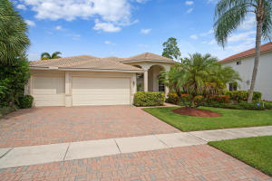 4693  Sugar Beach Way  For Sale 10544890, FL
