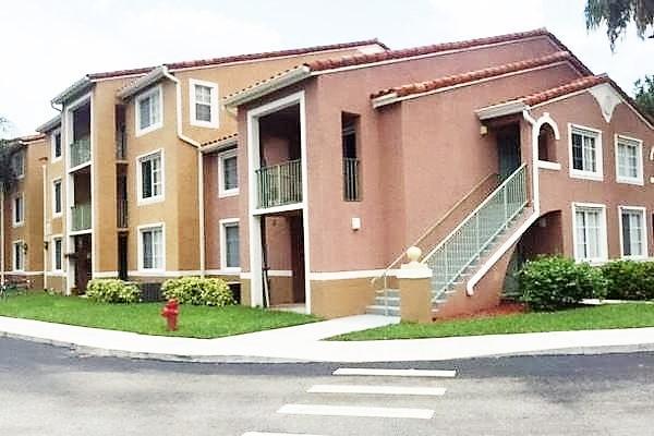 7912 Sonoma Springs Circle 305 Lake Worth, FL 33463