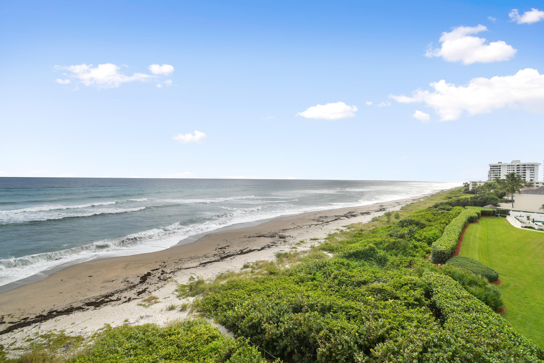 JUNO BY THE SEA NORTH MANOR   COND  UNIT 206 (MANOR)