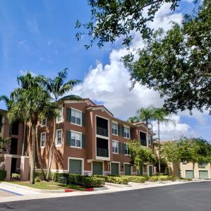 11770  St Andews Place 103 For Sale 10545283, FL