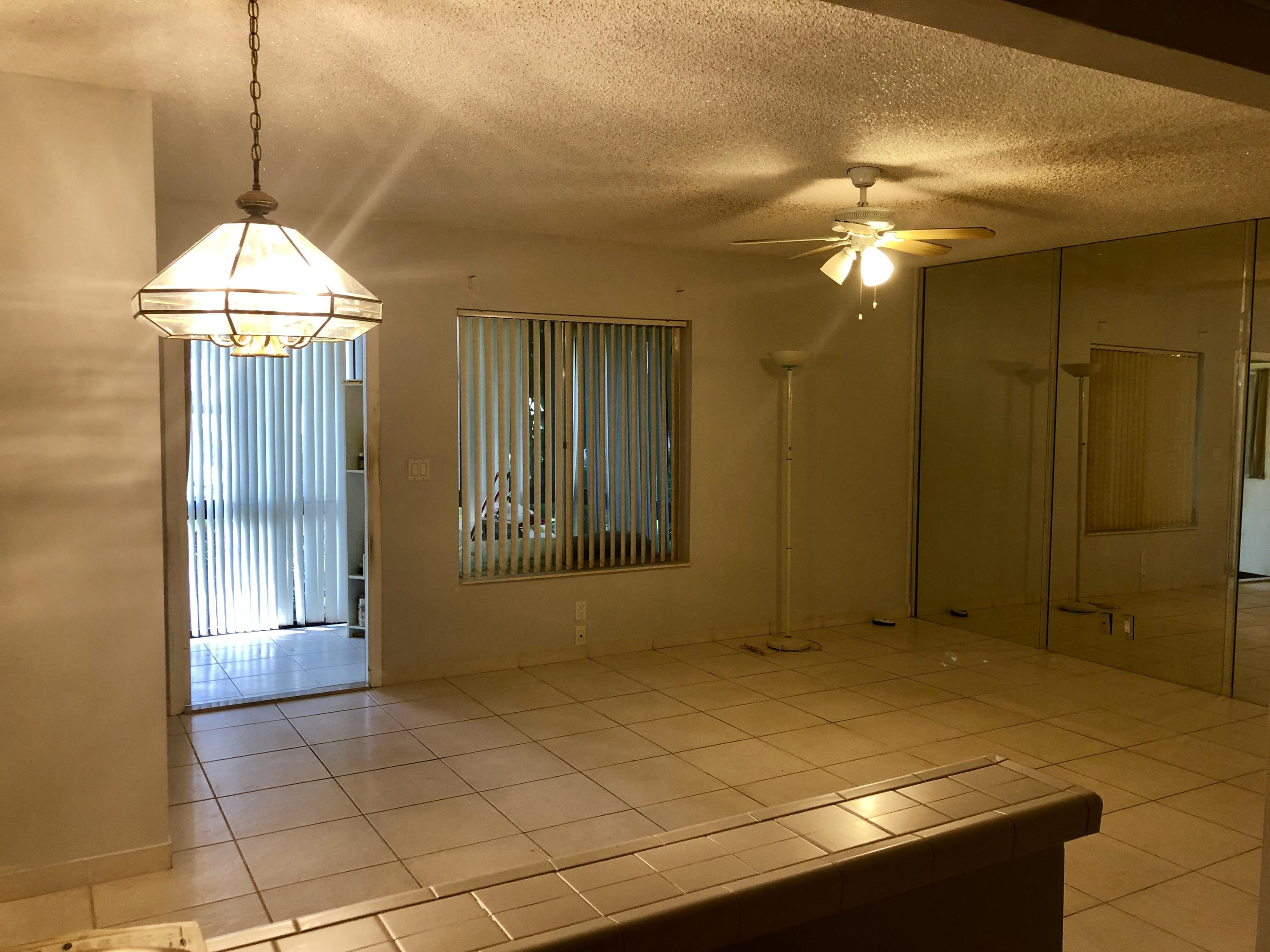 135 Lake Pine Circle, Greenacres, Florida 33463, 1 Bedroom Bedrooms, ,1 BathroomBathrooms,Condo/coop,For sale,Lake Pine,RX-10545308