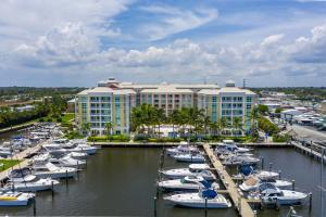 Moorings At Lantana Condo 3