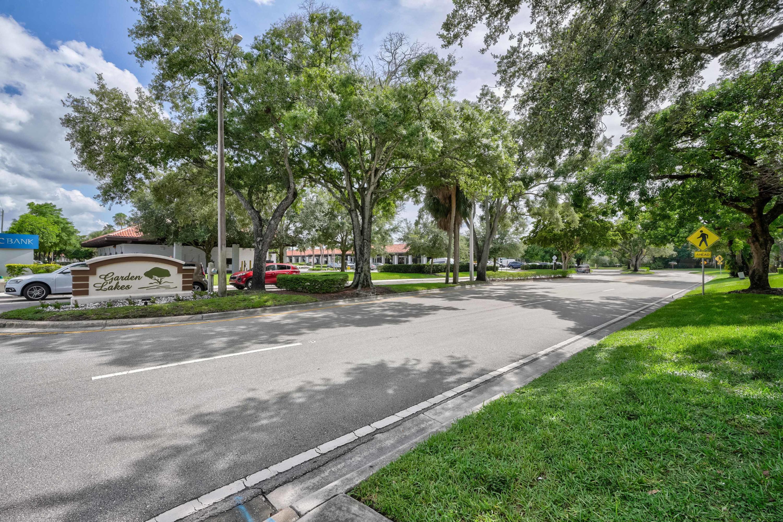 1612 16th Lane Palm Beach Gardens, FL 33418 photo 20