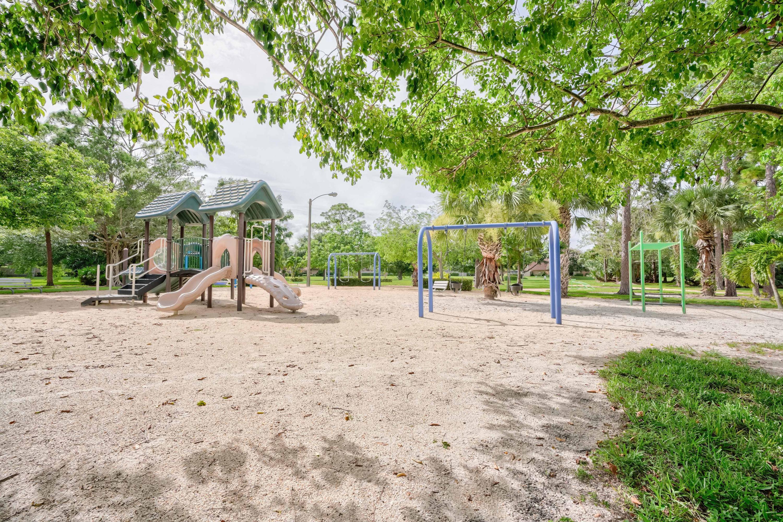 1612 16th Lane Palm Beach Gardens, FL 33418 photo 22