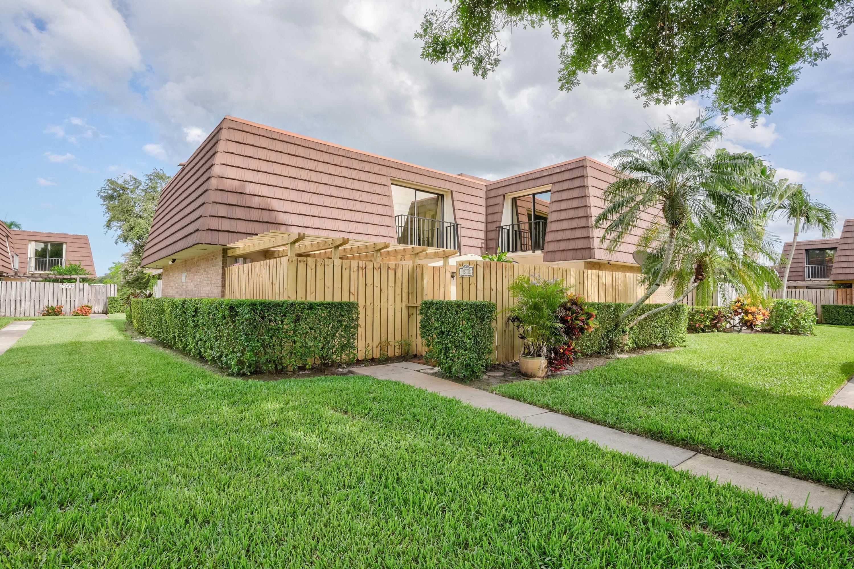 1612 16th Lane Palm Beach Gardens, FL 33418 photo 1
