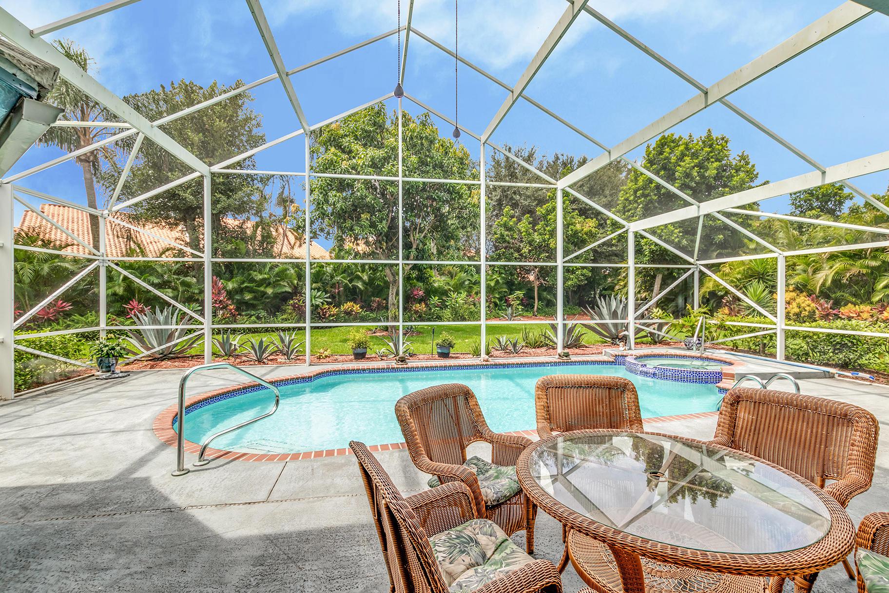 2501 Little Rock Court Wellington, FL 33414 photo 27