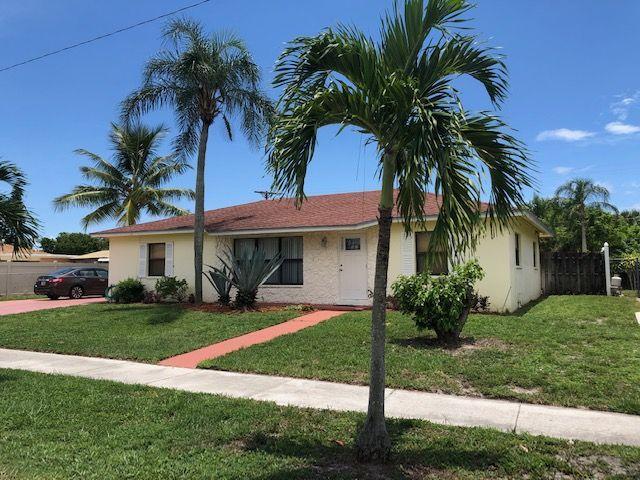 Home for sale in LANTANA HEIGHTS 8 Lantana Florida