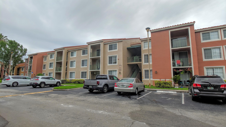 7824 Sonoma Springs Circle 307 Lake Worth, FL 33463
