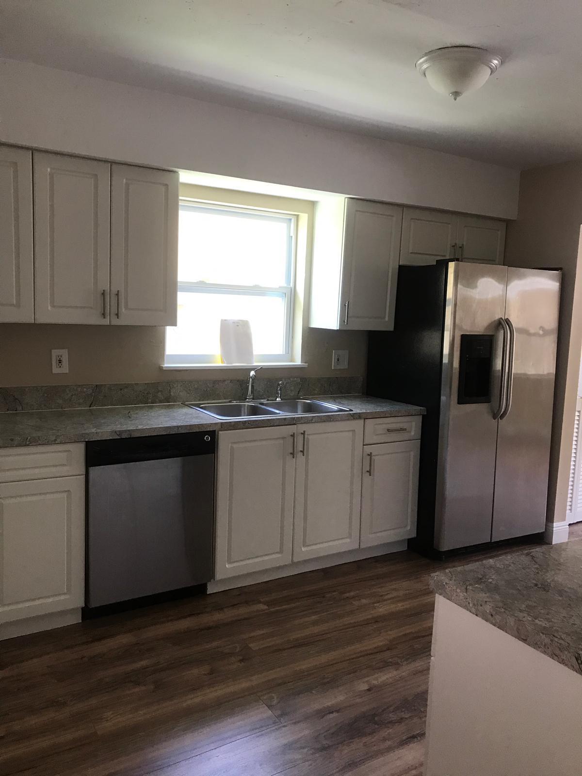 Photo of home for sale at 239 13Th Avenue NE, Boynton Beach FL