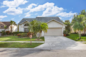 9924  Cross Pine Court  For Sale 10546651, FL