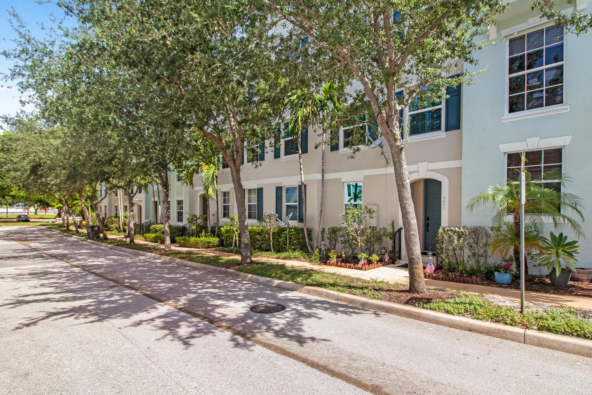 Home for sale in Convention Center Town Homes West Palm Beach Florida