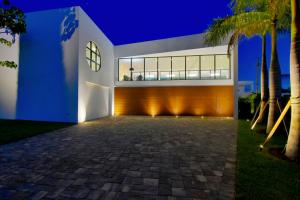 Boca Villas Sec B