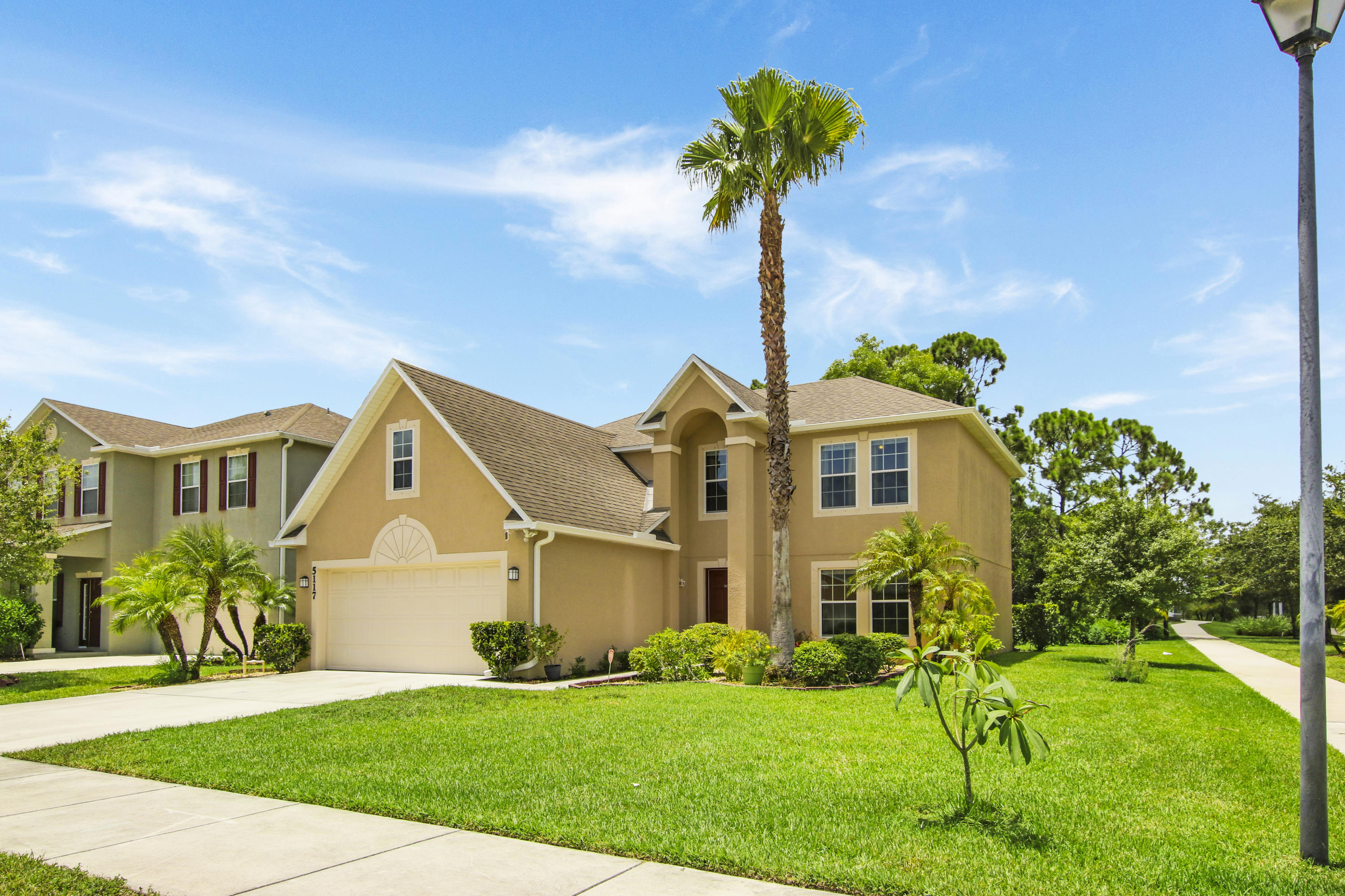 5117 NW Wisk Fern Circle, Port Saint Lucie, Florida