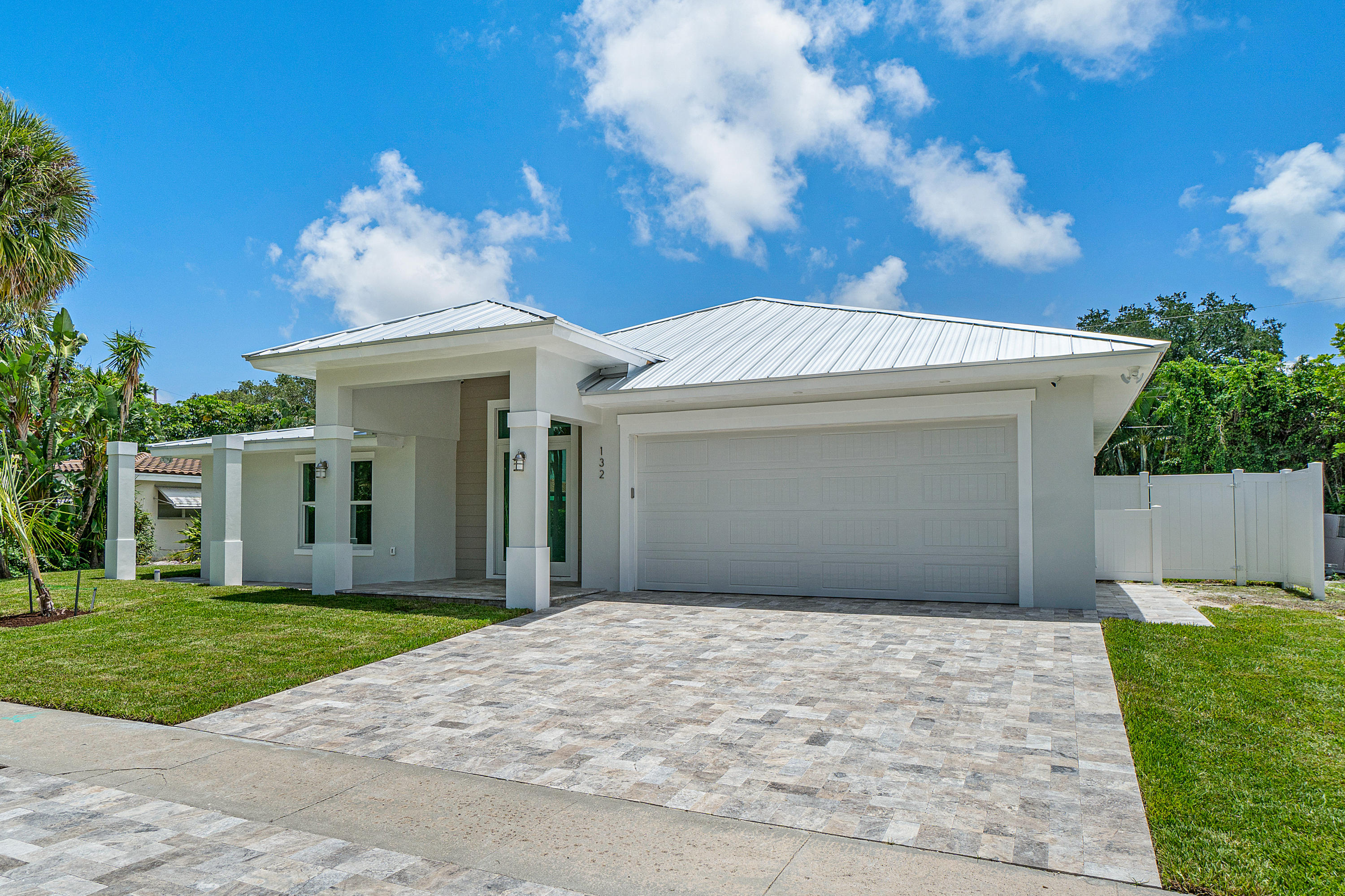 132 SW 7th Terrace  Boca Raton FL 33486