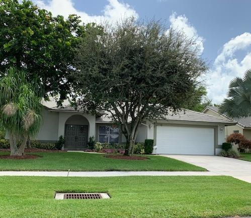 Home for sale in WHITEHORSE ESTATES / FARMINGTON ESTATE Wellington Florida