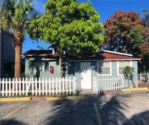 1000 W Lakewood Road 3 For Sale 10547351, FL