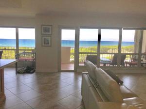 4301 N Ocean Boulevard 502 For Sale 10547387, FL