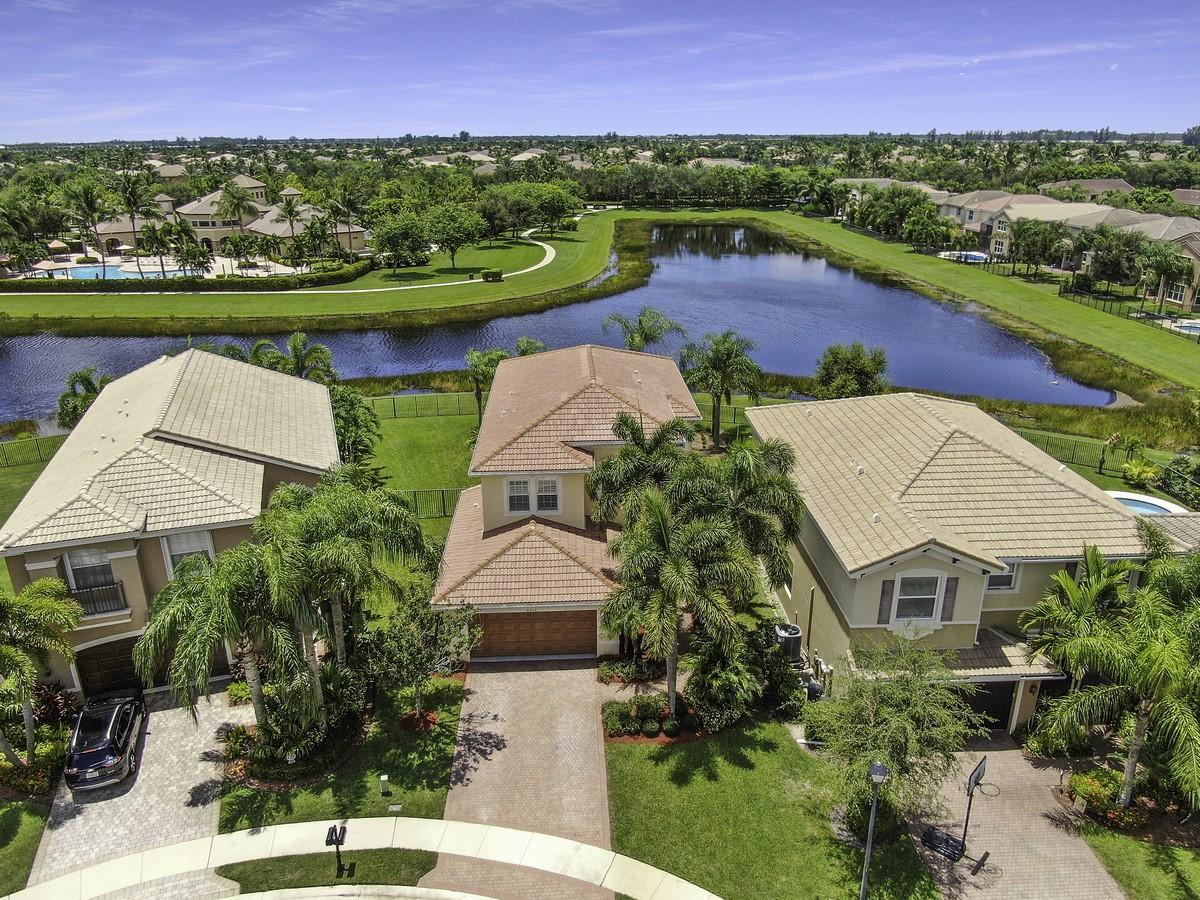 8808 Morgan Landing Way  Boynton Beach, FL 33473