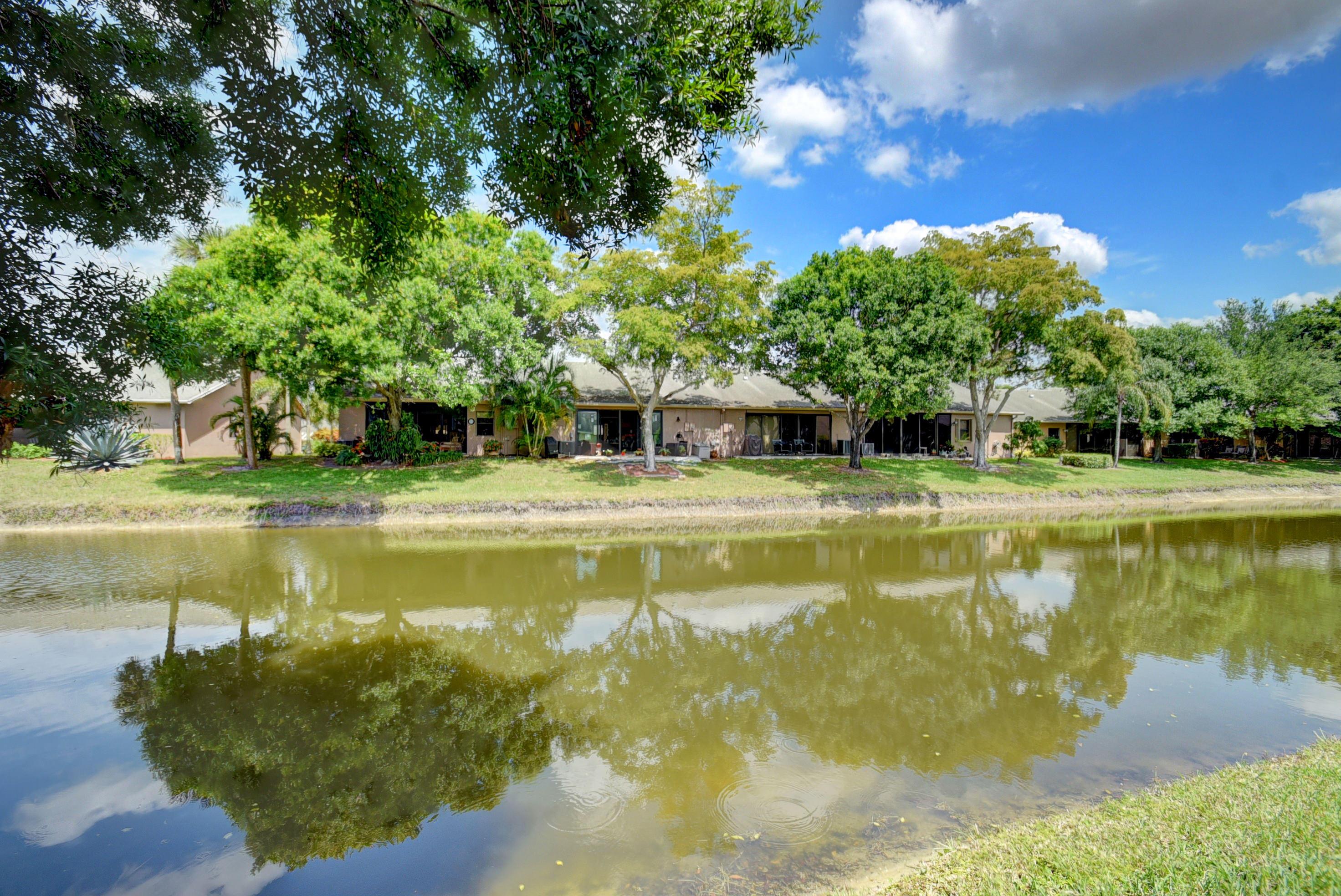 10975 Water Oak Manor Boca Raton, FL 33498 photo 2