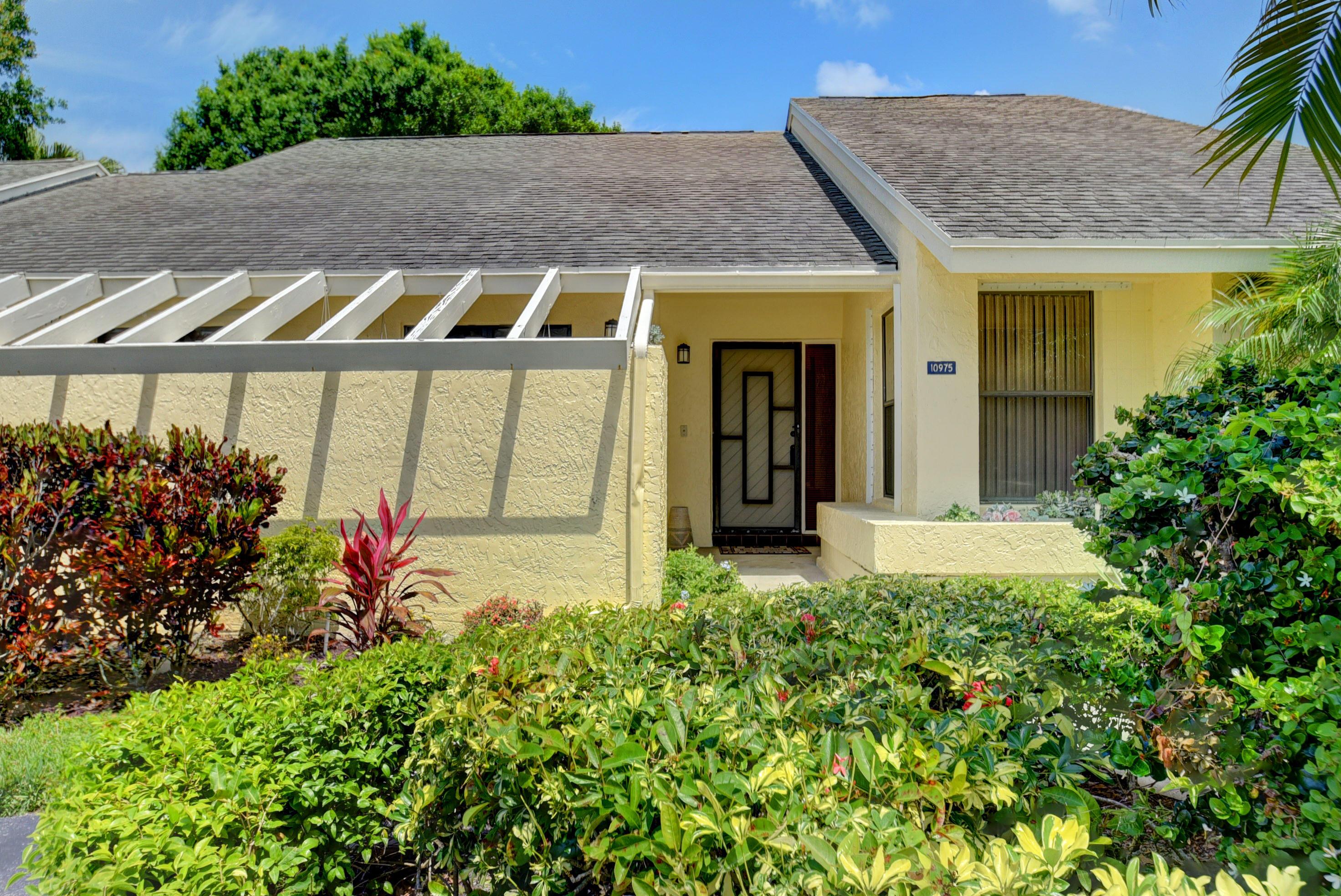 10975 Water Oak Manor Boca Raton, FL 33498 photo 4