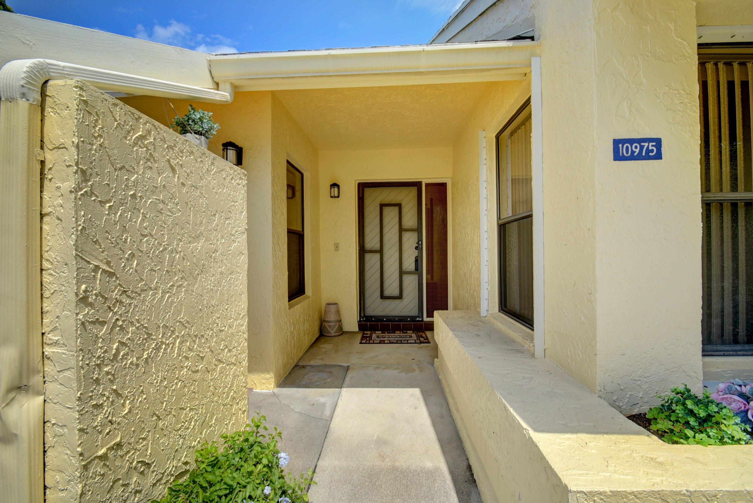 10975 Water Oak Manor Boca Raton, FL 33498 photo 6